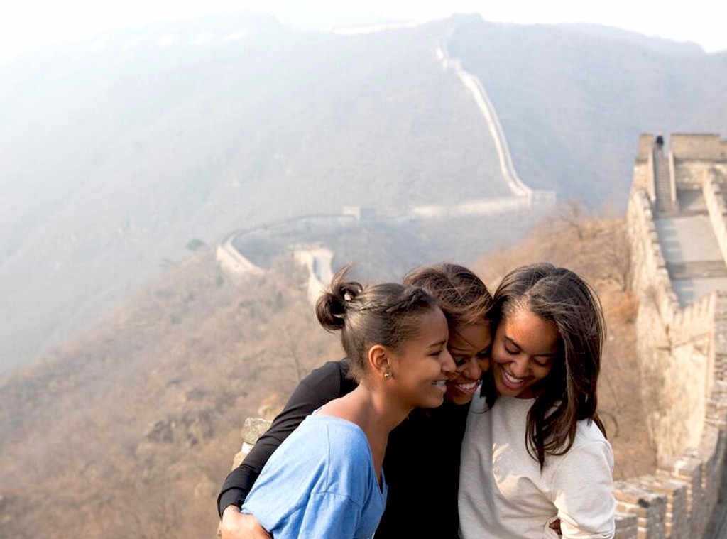 rs_1024x759-140323130417-1024.Michelle-Obama-Sasha-Malia-Great-Wall-China.jl.032314